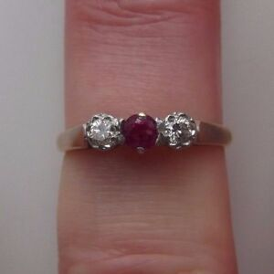 Vintage 18ct Gold Diamond And Ruby Trilogy Ring Size N