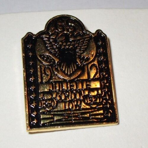 Large Juliette Gordon Low Birthplace Friendship Metal Gate Pin ~ Pre-Owned