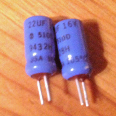 105 Degrees 510D 10 pcs Sprague 22 uf 16 v alum electro with pc radial leads