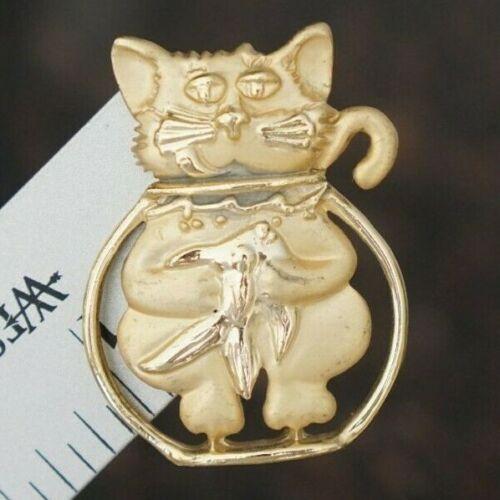 Cat Kitten Animal Brooch - Gold Tone Metal