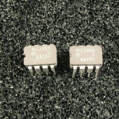 Two Oem Motorola Mc1403 2.5v References Cerdip8