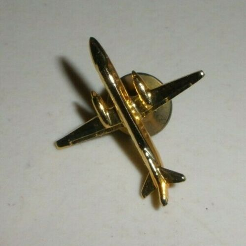 "VINTAGE METAL AIRPLANE PIN/LAPEL PIN - 1"" ACROSS"