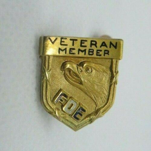 Vintage Fraternal Order of Eagles FOE Veteran PIN vintage 10K Gold screwback