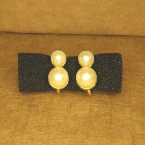 Vintage Pearl and Gold-color Clip On Earrings (Costume Jewelry)