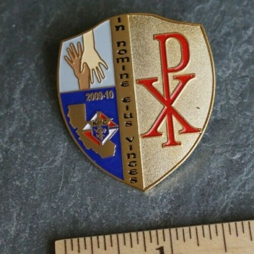 Vintage Pin - KofC K of C Knights of Columbus In Nomine EIUS Vjces PX DIversity