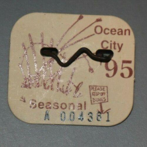 1995 OCEAN CITY NJ SEASONAL BEACH TAG EXCELLENT CONDITION FREE USA SHIPPING