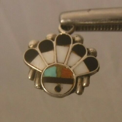 Vintage ZUNI Old Pawn Sun Face Sterling Silver Pendant Inlaid Turquoise MOP ONYX