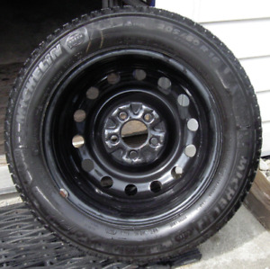 205 60 16 Michelin X-Ice Xi3 Winter Tires on Black Steel Rims