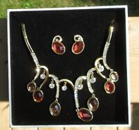 Crystal embedded necklace/earring set