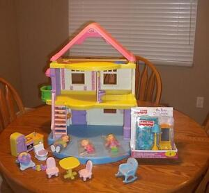 Fisher-Price My First Dollhouse •With furniture and extras London Ontario image 1