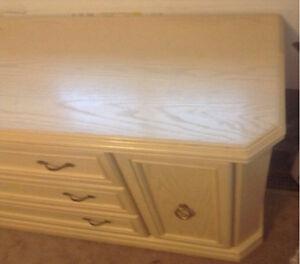 Dresser Drawers & Night Table Kitchener / Waterloo Kitchener Area image 6