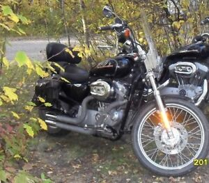 2005 Harley Davidson Sportster with custom seat and exhaust!