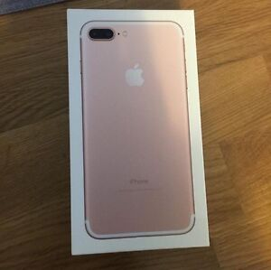 Selling Rosegold IPhone 7plus Brand New