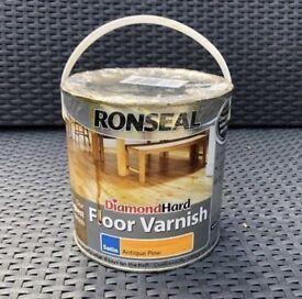 Ronseal Satin Antique Pine Diamond Hard Floor Varnish Can Tin 2.5 Litres