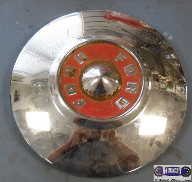 """'55, FORD, FAIRLANE, USED CHROME DOG DISH HUBCAP, WORD FORD, 10-1/2"""" DIA. DD0062"""