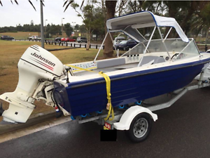 CHAIKA 165-C with 2003 Johnson V4 2 stroke Collaroy Manly Area Preview
