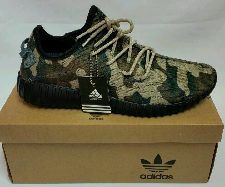 Nueva sin uso Adidas Yeezy yzy oferta solo Balenciaga Nike LV