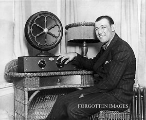 Are there any antique radio collectors around? Peterborough Peterborough Area image 1