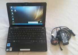 Ee PC small ideal travel netbook computer (windows + Web cam)