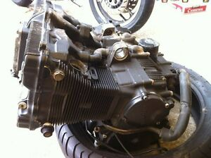 GSXR750 91 ENGINE WITH THE OIL LINES Windsor Region Ontario image 2