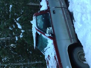 1992 GMC Sierra 1500 Silver Pickup Truck