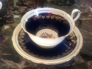 Aynsley Tasse et sous coupe/CUP & saucer