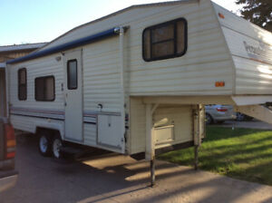 5th Wheel Prowler Camper - Price reduced!