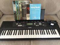 Yamaha Digital Keyboard (nearly new)