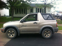 2003 Chevrolet Tracker Coupe (2 door)