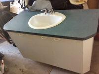 lavabo,champlure et vanité avec comptoir