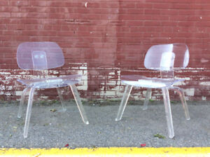 2x Vintage Eames LCD Style Lucite Chairs- 2 Chaises Style LCD for sale  Ville Montréal