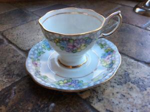 Royal Albert fine porcelaine