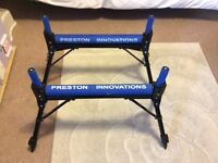 2x preston flat pole rollers and roost kit