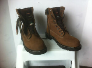 Brand New Dickies Steel Toe Boots, size 8