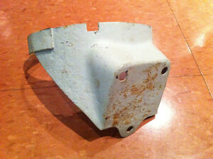 1971 1972 1973 Mustang Bracket Filtre a Charbon Actif