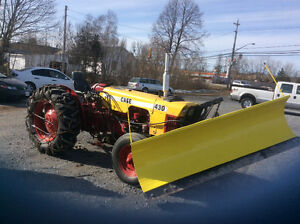 Tractor with Plow case 430 4cyl diesel  hydraulic 8' angle $5000