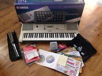 Yamaha PSR E313 Keyboard and accessories