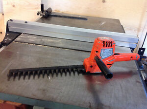 Black and decker hedge trimmer OLDIE BUT GOODIE