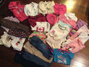 Lot of baby girl fall/winter clothes, size 12-18 months NT B