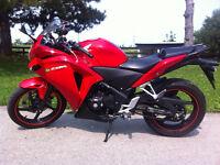 Like New Honda CBR 250r Non ABS