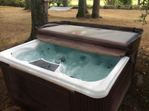 Strong Hot Tub for sale
