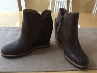 Genuine UGG MYRNA Brown Distressed Leather Ankle Boot Concealed Wedge Size 4.5 36 37 NEW RRP £150