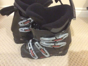 Nordica Ski boots size US Men's 9 to 9.5