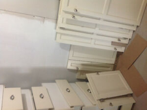 Drawers and cupboard doors