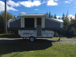 2006 Rockwood Freedom pop up trailer 10'