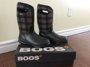 BOGS Winter boots for sale!!