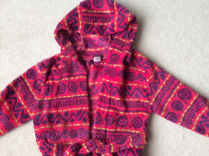 Great gift brand new with tag girls robe size 6 yrs