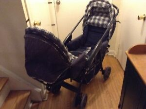 really nice double stroller Cosco Geoby in good condition