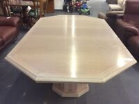 Large extendable dining table : FREE GLASGOW DELIVERY