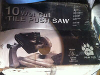 "10"" TILE SAW NEW IN BOX WITH STAND IN BOX"